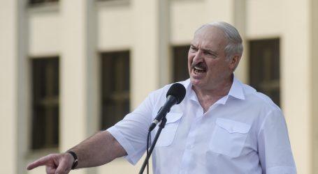 Minsk: Na masovnom prosvjedu ponovno se traži odlazak Lukašenka