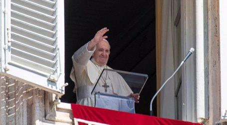 Papa Franjo pozvao na poštenije i zelenije društvo nakon pandemije