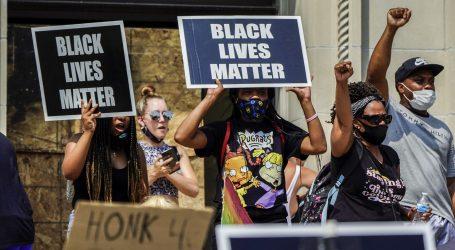 Nastavljeni prosvjedi zbog policijskog nasilja u Wisconsinu, Blake paraliziran