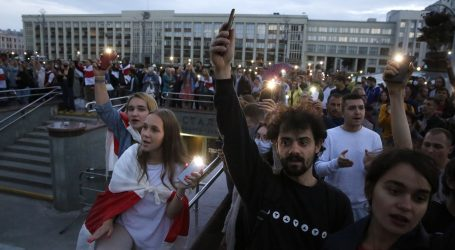 Lukašenkova policija pritvorila dvadeset novinara