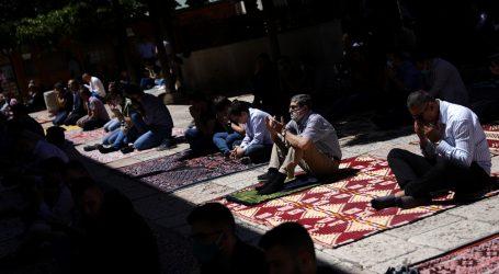 Otvorile su se džamije u Egiptu, ali samo za molitvu