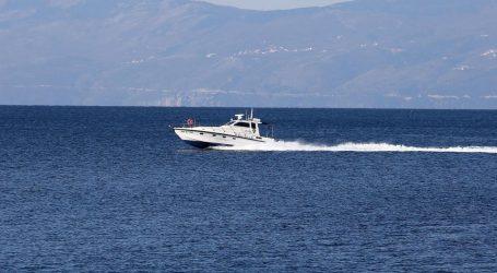 Nesreća u moru kod Šolte: Nijemac pao s jedrilice, preminuo od ozljeda od propelera