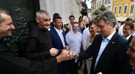 "PLENKOVIĆ: ""Idem u Varivode. Poštujemo žrtve, gradimo uključivo društvo"""