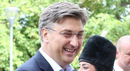 CROBAROMETAR: HDZ dvostruko jači od SDP-a