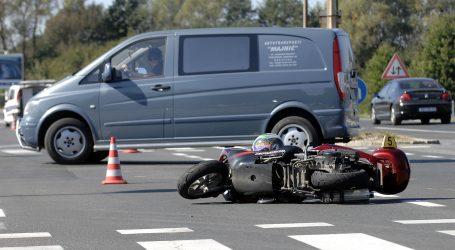 U sudaru s automobilom kod Vrbovskog poginuo motociklist