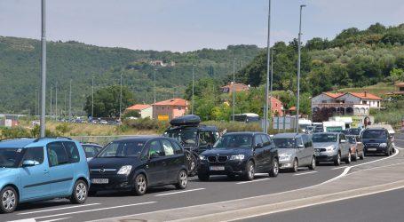 HAK: Očekuje se pojačan promet, i kontrola na graničnim prijelazima