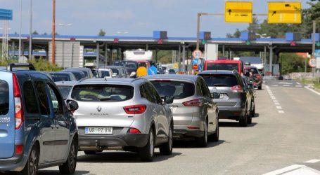 Slovenci već počeli napuštati Hrvatsku, gužve na graničnim prijelazima