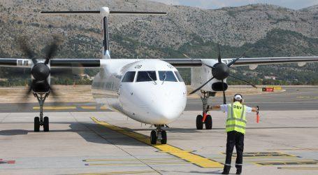 """Unatoč """"crvenoj listi"""" u Dubrovnik sletjelo šest zrakoplova s 352 britanska gosta"""