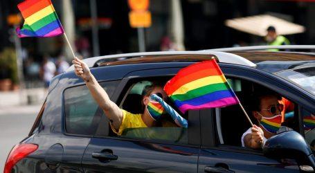 U Sarajevu održana Parada ponosa s defileom vozila