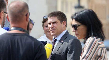 """BUTKOVIĆ: """"Vučićeve izjave ne doprinose ni suživotu, ni normalizaciji odnosa"""""""