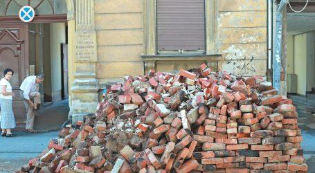 Zagrepčani kojima je potres uništio kuće ne znaju kamo će od rujna