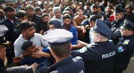 BIH: U Velikoj Kladuši blokade i prosvjedi zbog eskalacije migrantske krize
