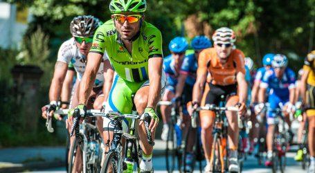Biciklizam: Jakobsen životno ugrožen