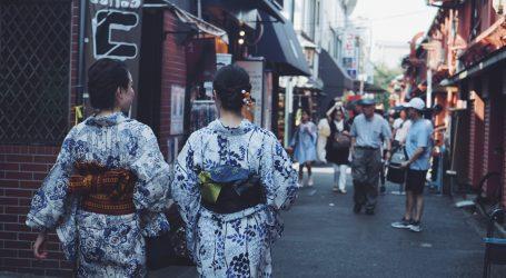 Japanska dizajnerica kimona tvrtku spašava izradom zaštitnih maski