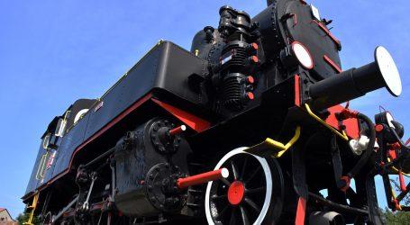 Pogledajmo neke od modela parnih lokomotiva