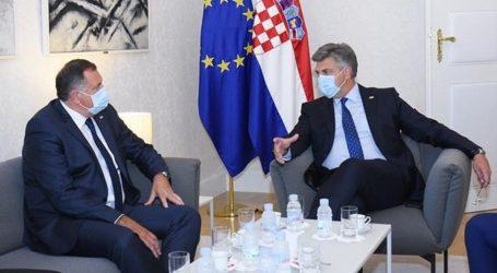 """VLADA: Plenković i Dodik o """"prometnom povezivanju i povratku Hrvata"""""""