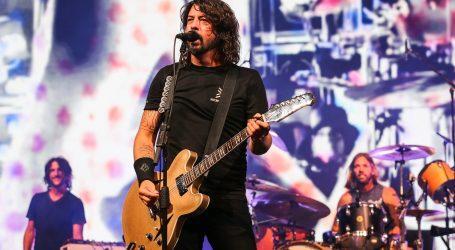 Dave Grohl iz Foo Fightersa i Brian Johnson iz AC/DC u dokumentarcu o životu na cesti
