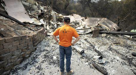 Požari u SAD usmrtili šesnaest ljudi, pola milijuna evakuiranih