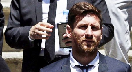 Messi kritizirao vodstvo Barce zbog Suareza