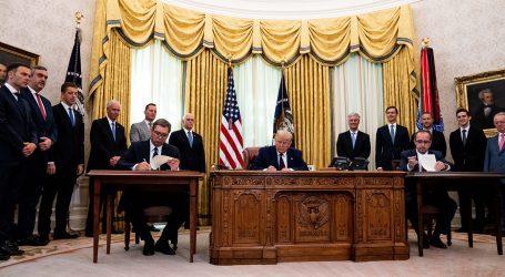 Trump, Vučić i Hoti u Bijeloj kući: Potpisan sporazum između Srbije i Kosova