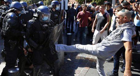 FRANCUSKA: Više od 250 uhićenih na prosvjedima 'žutih prsluka'