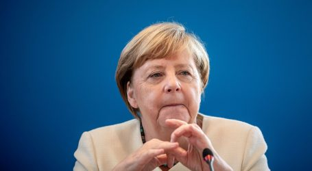 Merkel upozorila na opasnost eksponencijalnog rasta zaraze