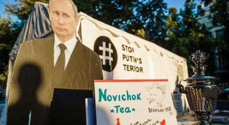 """Kremlj: """"Drago nam je što se Navaljni oporavlja, dobrodošao je u Rusiji"""""""