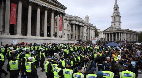 """Tisuće na prosvjedu """"Covid-1984"""" protiv restriktivnih mjera u Londonu"""