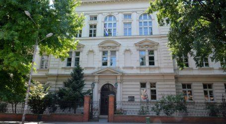 Gimnazija Bjelovar prelazi na online model, u samoizolaciji 14 profesora