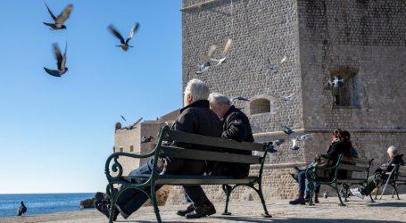 DOSSIER: MIROVINSKA REFORMA: Budući umirovljenici živjet će bolje