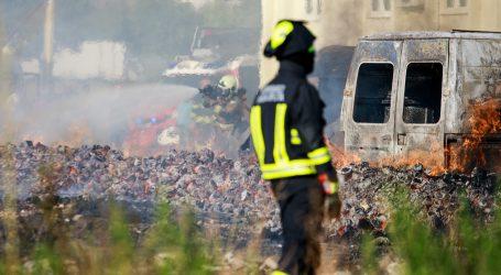 Buknuo požar u blizini Trgovačko-transportnog terminala u Splitu