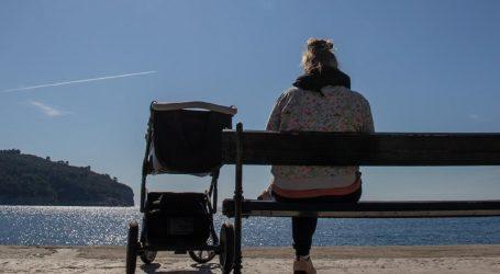 AJB: I žene iz Hrvatske sumnjaju da su im djeca oteta nakon poroda