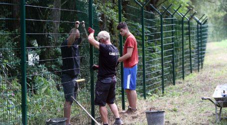 Ilegalni migranti nastavljaju ulaziti u Sloveniju
