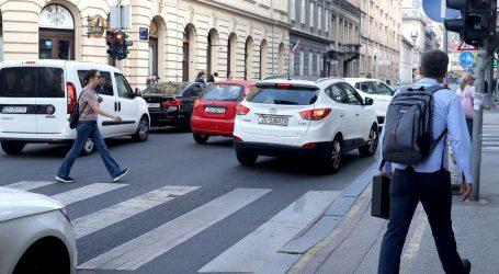 Kolnici mokri i skliski, pojačan promet na gradskim prometnicama