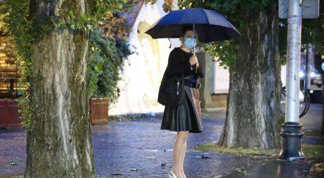 Zahladilo je, danas promjenjivo s kišom