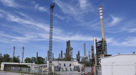 Radnici branitelji iz sisačke Rafinerije Ine očituju se o ponuđenim otpremninama