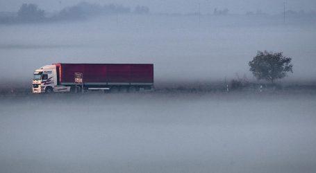 Magla u Slavoniji, vjetar otežava promet na Jadranskoj magistrali