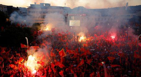Crnogorske vlasti očekuju eskalaciju zaraze nakon političkih skupova
