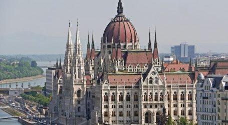 MAĐARSKA: Novinari pokreću neovisni portal, RSE obnovio servis na mađarskom