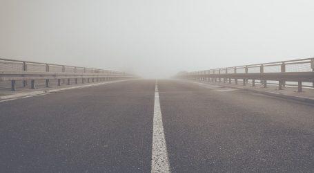 HAK: Magla smanjuje vidljivost na cestama u unutrašnjosti zemlje