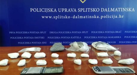 U Splitu zaplijenjeno više od 1,5 kilogram kokaina, oružje i streljivo