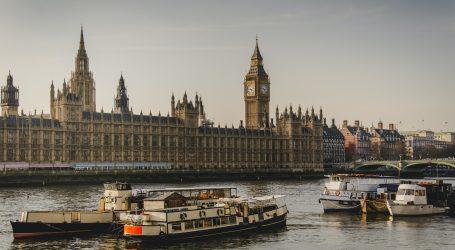 POZADINA SKANDALA U BRITANSKOM DONJEM DOMU: U parlament su upali prijatelji prinčeva