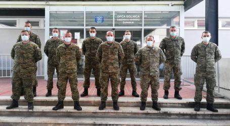 Hrvatska vojska  postavila šator Alaska ispred šibenske Opće bolnice