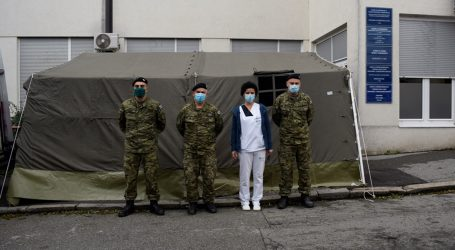 FOTO: Hrvatska vojska u Zagrebu postavila dodatne šatore za bolesnike od koronavirusa