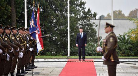 "Predsjednik Milanović odlikovao Tigrove: ""Danas sanjamo uspjeh, mir i stabilnost"""