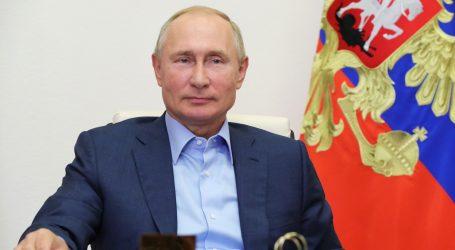 PRVI RUSKI CAR NAKON 1917. : Putinu je pobjedu na izborima osigurao kult ličnosti