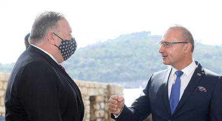 """Pompeo sletio u Dubrovnik: """"Negativan sam na koronavirus"""""""