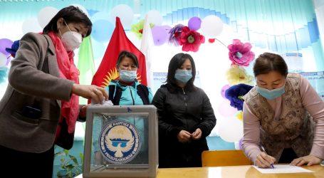 Veliki prosvjedi nakon izbora u Kirgistanu, u sukobu s policijom ozlijeđeno 16 osoba