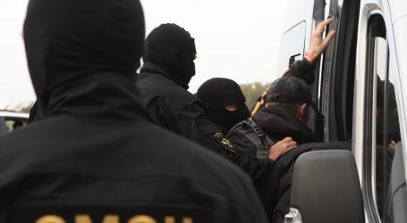 Prosvjedi u Bjelorusiji ne jenjaju, opet privedeni deseci ljudi
