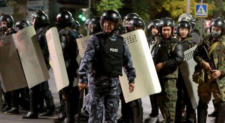 Prosvjednici u Kirgistanu upali u parlament, bivšeg predsjednika oslobodili iz zatvora